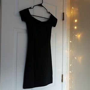Black cap sleeve mini dress